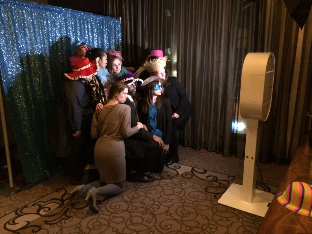 Open Booth 1024x768 - A+ PhotoBooths