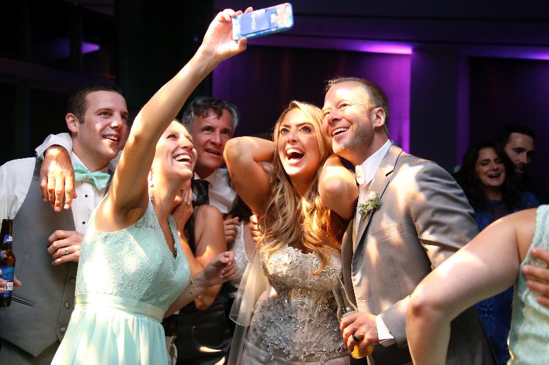 art gallery img12 - Art Group Wedding Photography